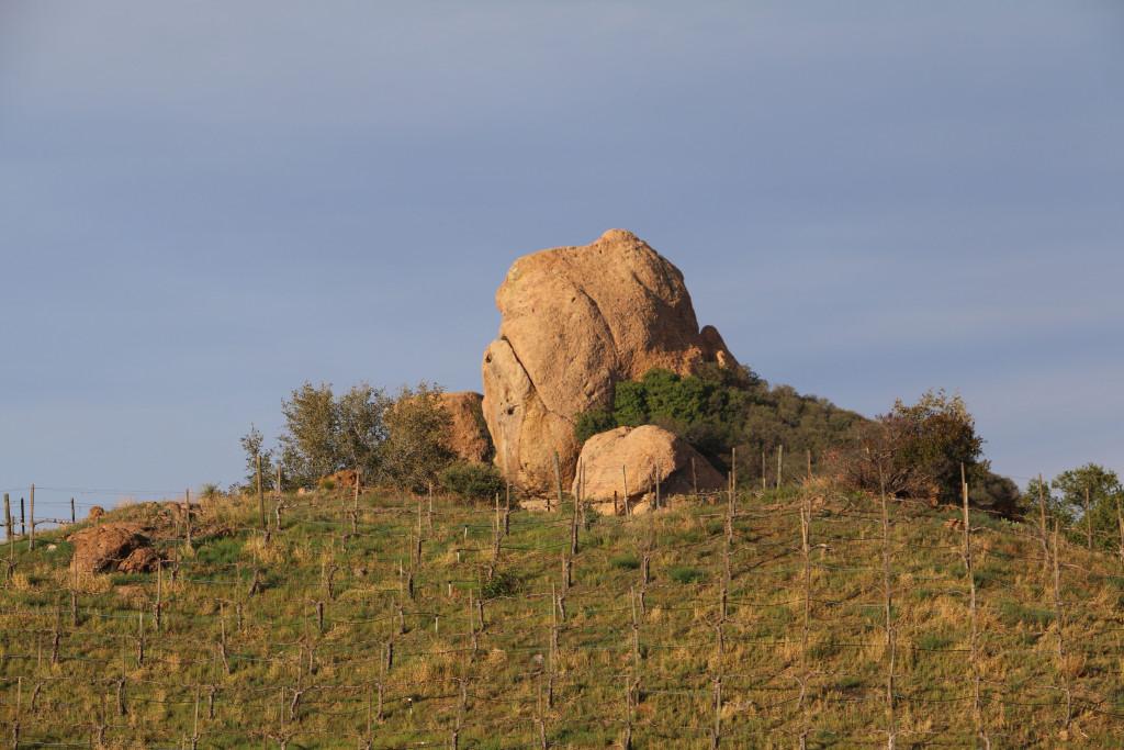 Felsskulptur bei Malibu Wines