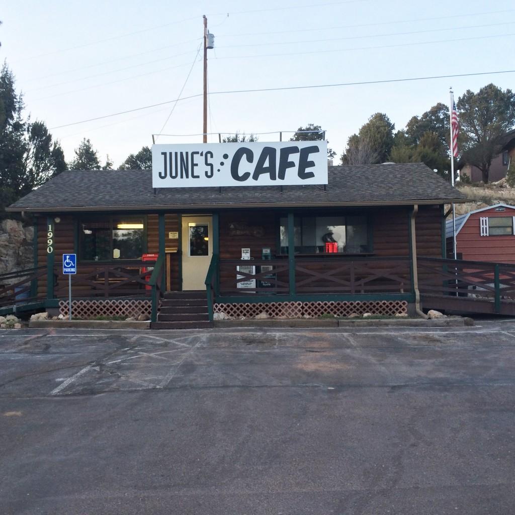June's Café