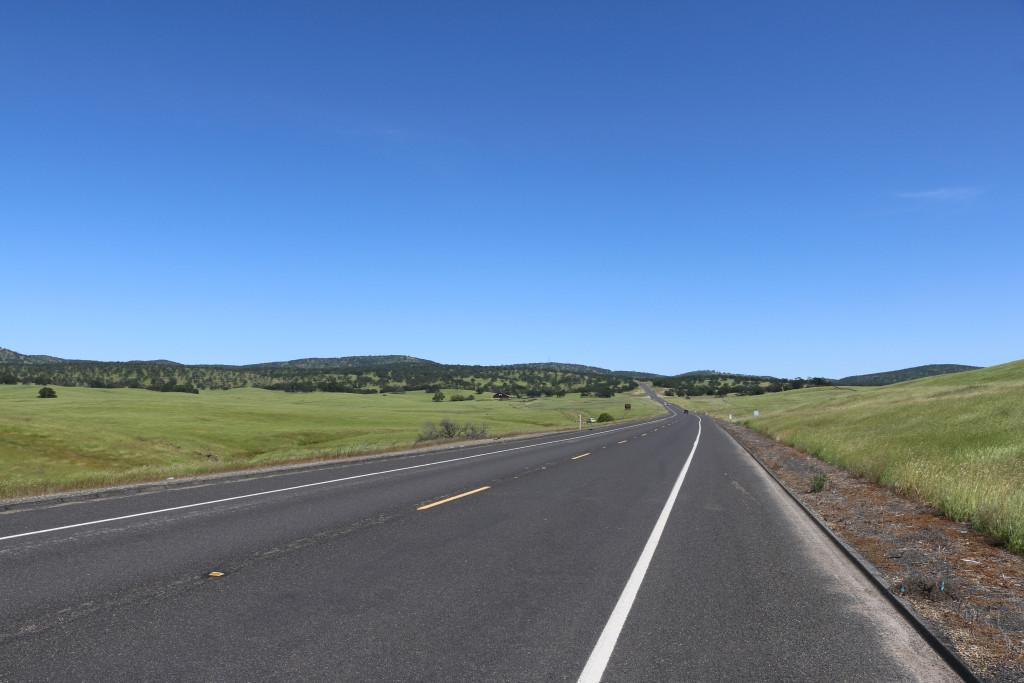 Hügellandschaft nach Stockton