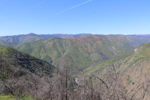 Bergregion vor dem Yosemite 1