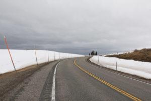 Passhöhe im Schnee