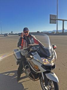 Ich auf dem Trooper-Motorrad